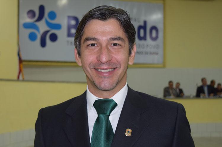Brumado: Dudu Vasconcelos pede 120 de afastamento da câmara para tratamento de saúde