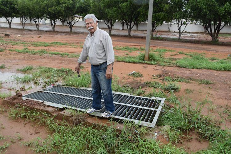 Brumado: Sistema de drenagem no terreno da policlínica beneficiará a BA-148