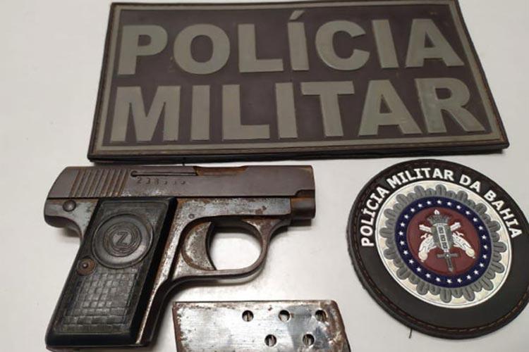 Livramento de Nossa Senhora: Homem é detido após atingir amigo com tiro de arma de fogo