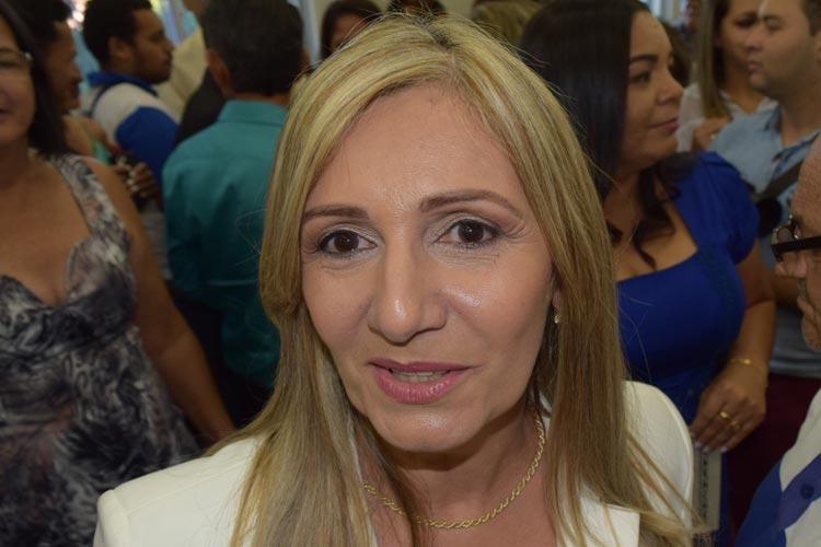 TCM multa prefeita de Malhada de Pedras e determina ressarcimento de mais de R$ 16 mil