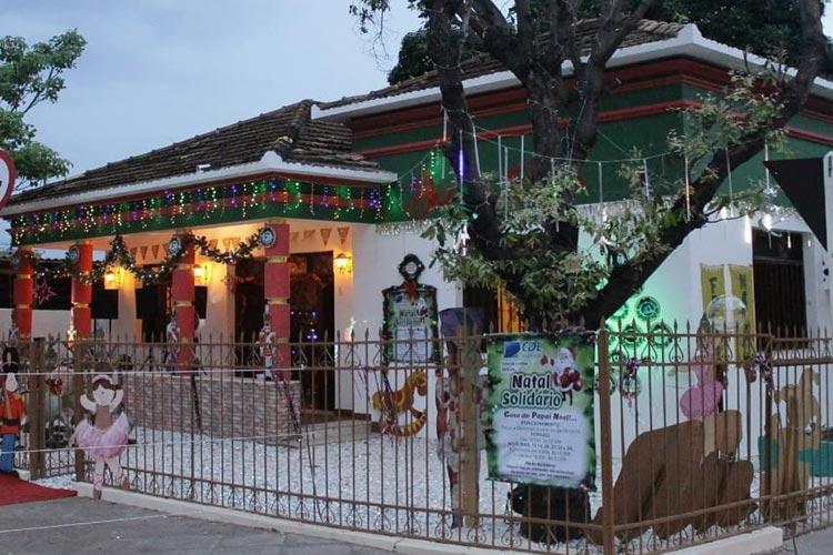 Brumado: CDL abre campanha Natal Solidário com carreata e a casa do Papai Noel