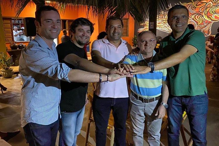 'A união que Brumado precisa', diz Geraldo Azevedo ao postar foto com pré-candidatos da oposição