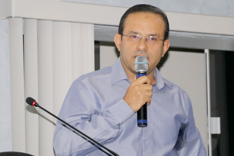 Prefeito de Érico Cardoso é multado em R$ 3 mil pelo TCM