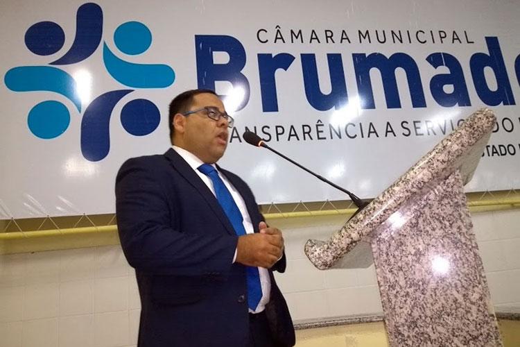 Tanhaçu: Advogado vai ao Legislativo de Brumado chamar a atenção das cobranças exorbitantes da Embasa