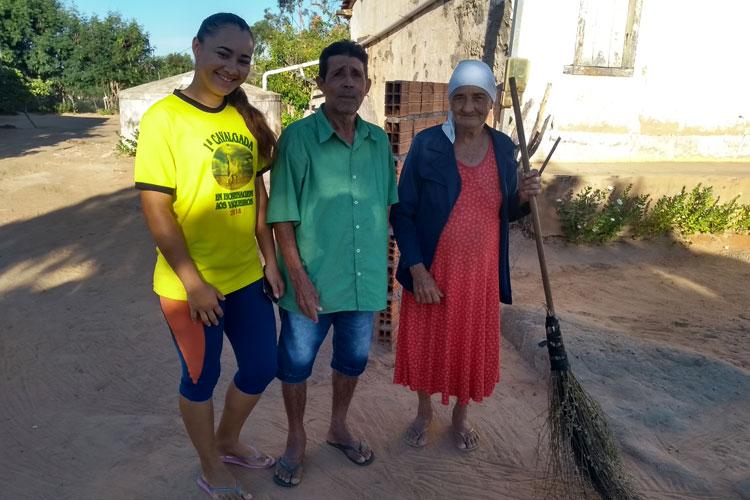 Brumado: Seu Marcelino narra ao pedal na roça o dia-a-dia na comunidade do Tamboril