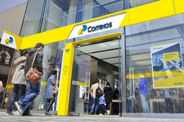 Equipe econômica prepara privatização dos Correios