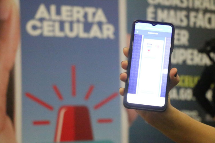 Vítimas de roubo de celular podem cadastrar aparelho e alertar sobre crime