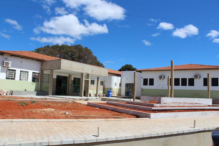 Com recursos próprios, Caculé investe R$ 600 mil na recuperação do hospital municipal
