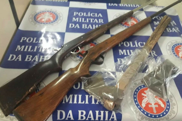 Jovem mata pai com machadada e enterra corpo com ajuda da mãe no interior da Bahia