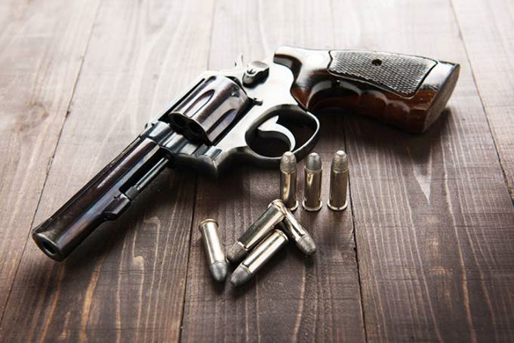 25% das mulheres vítimas de tiro morreram em casa