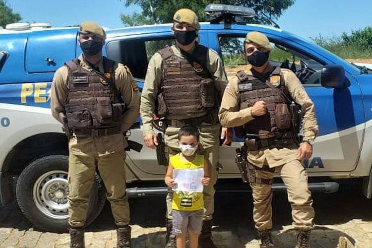 Brumado: Criança de 4 anos cria história ilustrada para externar admiração pela Polícia Militar