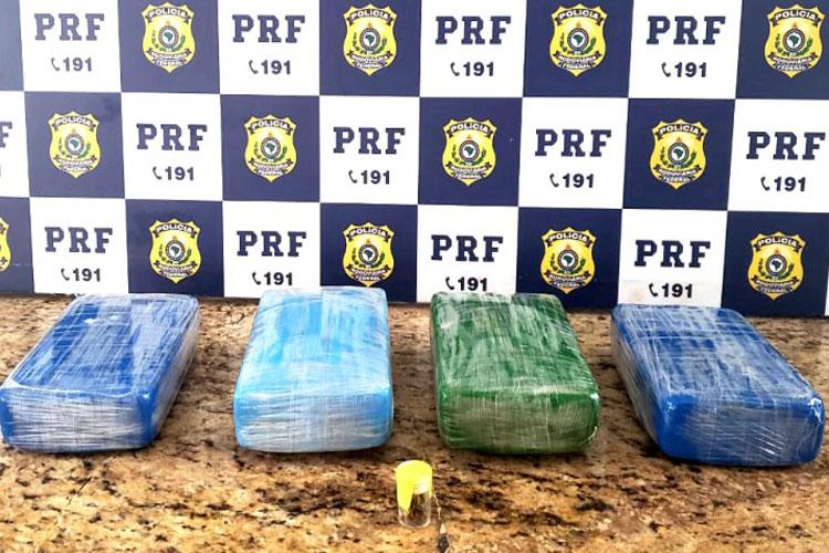 Vitória da Conquista: PRF prende mulher com cocaína e documento falso na BR-116