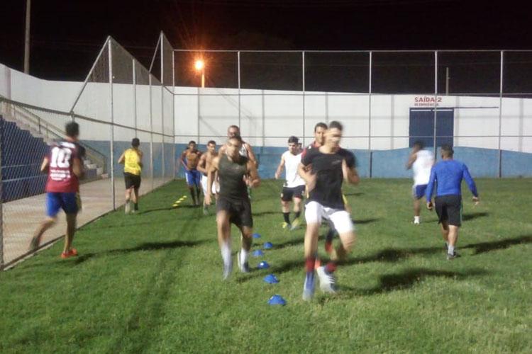 Seleção de Brumado se prepara para início do mata-mata no intermunicipal de futebol