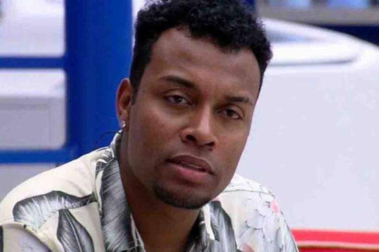 Ex-BBB acusa funcionária da prefeitura de Tanhaçu de ataque racista