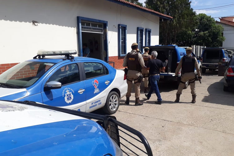 Dezoito presos são transferidos da cadeia de Brumado para o presídio de Vitória da Conquista