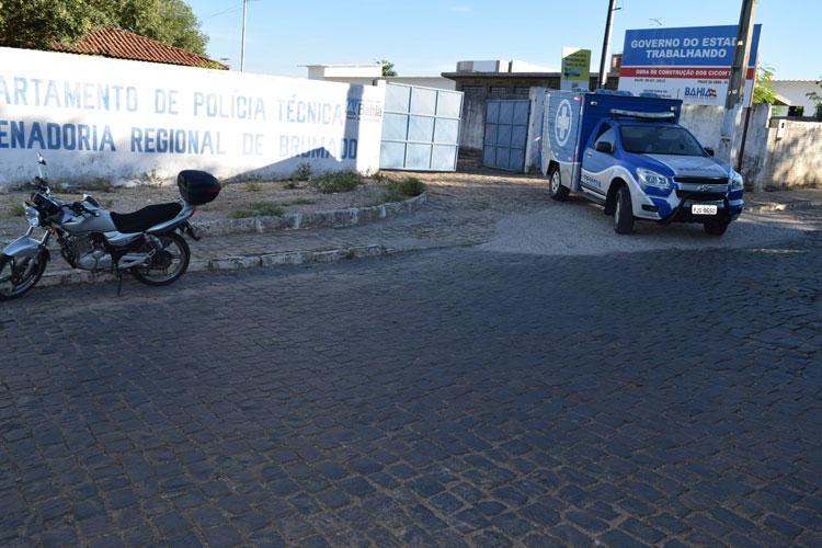 Motociclista morre atropelado por retroescavadeira em Tanhaçu