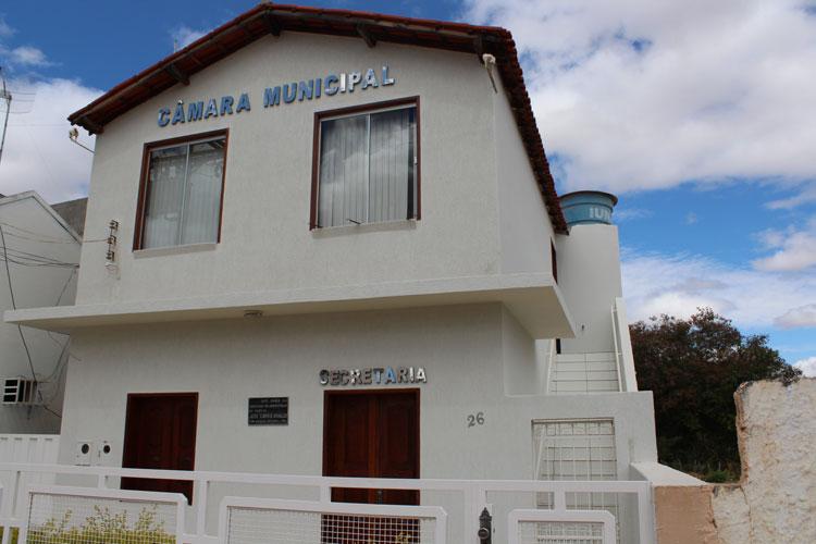 TCM mantém decisão sobre contas da Câmara de Dom Basílio e presidente é multado em R$ 3 mil