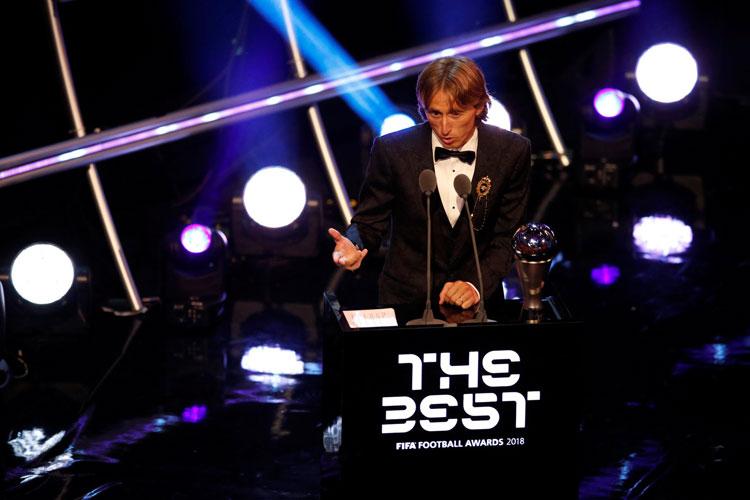 Modric bate Cristiano Ronaldo e Salah e é eleito melhor jogador do mundo