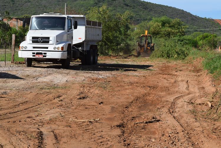 Brumado: Prefeitura retoma obras para construção da via marginal à linha férrea