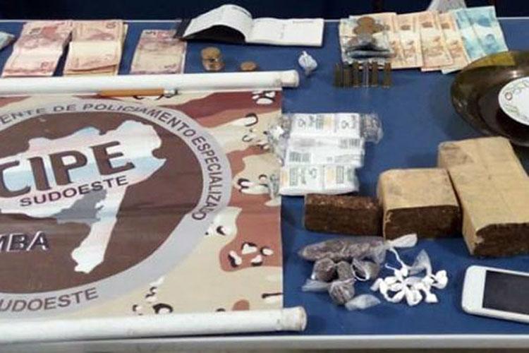 Homem é preso em flagrante com drogas na cidade de Barra da Estiva