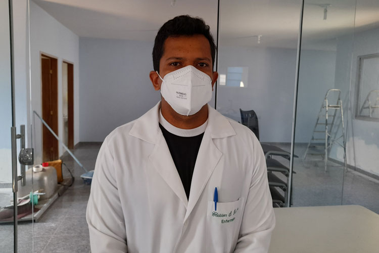 Enfermeiro Gleisson Ferreira é o novo diretor do Hospital Professor Magalhães Neto em Brumado