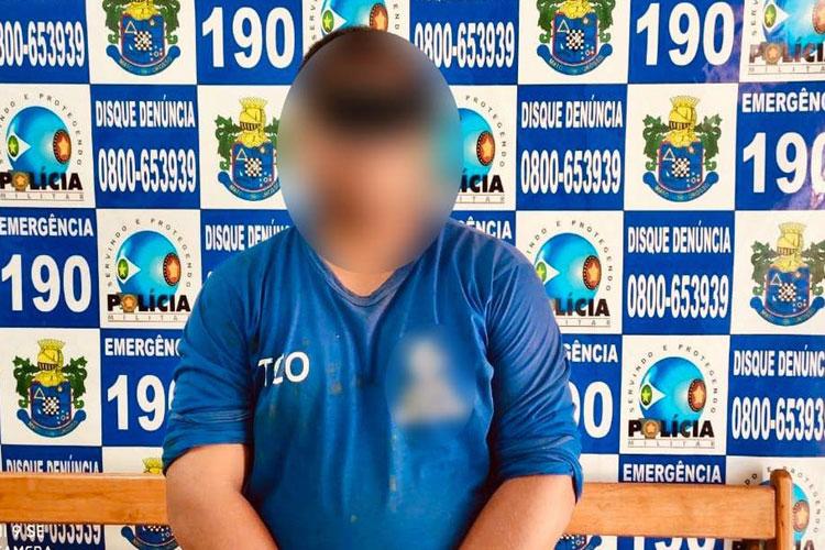 Funcionário Público é preso por ficar nu e se depilar no quintal
