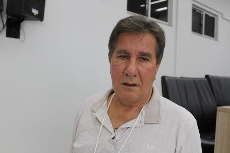 Lagoa Real: TCM multa prefeito Pedro Cardoso em R$ 3 mil