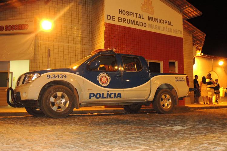 Brumado: Mulher é atingida por bala perdida durante execução a entregador de pizza