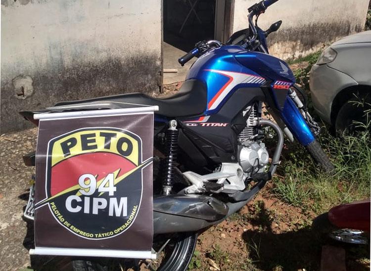 Motocicleta com registro de furto é localizada na cidade de Caetité