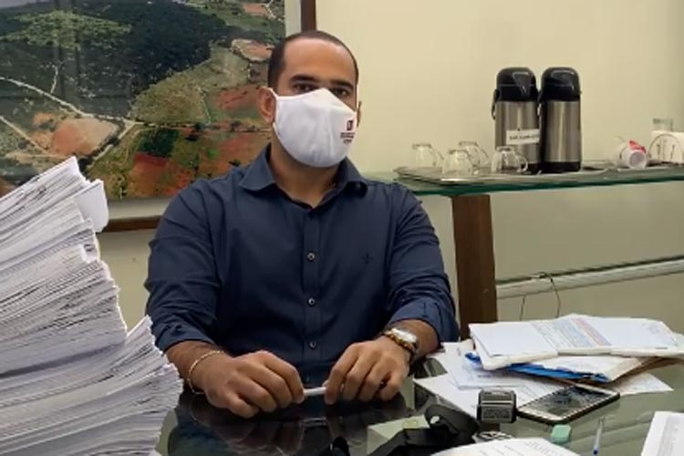 Brumado: Secretário garante transparência e enviará lista de vacinados contra coronavírus para vereador e MP