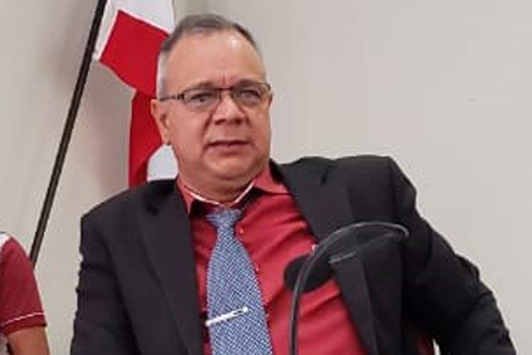 Vereadores afastam presidente da Câmara de Rio do Antônio