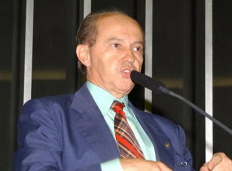 Luciano Ribeiro apresenta Moção de Pesar pela morte do ex-deputado federal Coriolano Sales