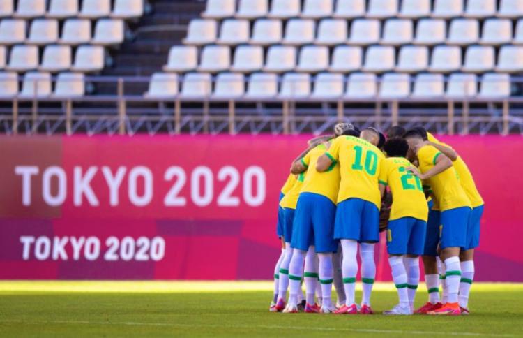 Nos pênaltis, Brasil vence México e vai à final do futebol nas Olimpíadas