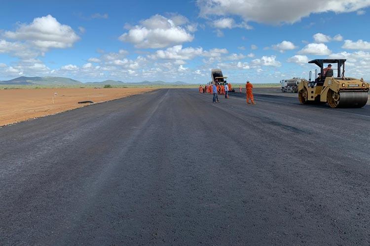 Construção do aeroporto de Bom Jesus da Lapa ajuda a manter economia baiana em movimento