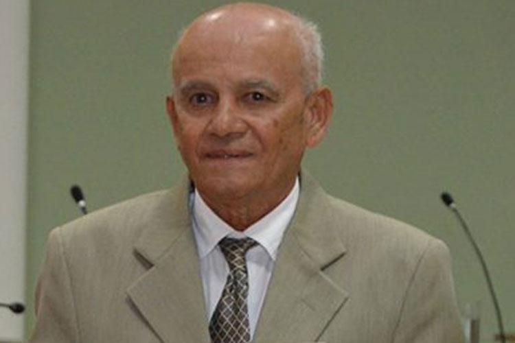 Adauto Prates, prefeito de Ibiassucê, é multado em R$ 5 mil