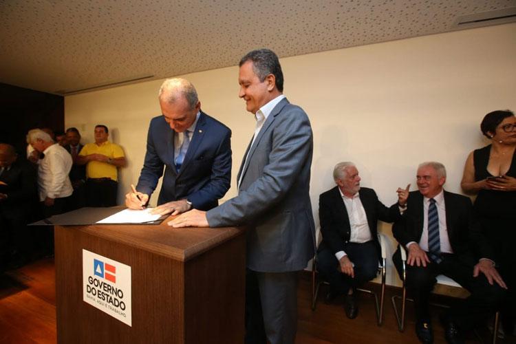 Nelson Pelegrino deixa Sedur e é nomeado para cargo de conselheiro do TCM
