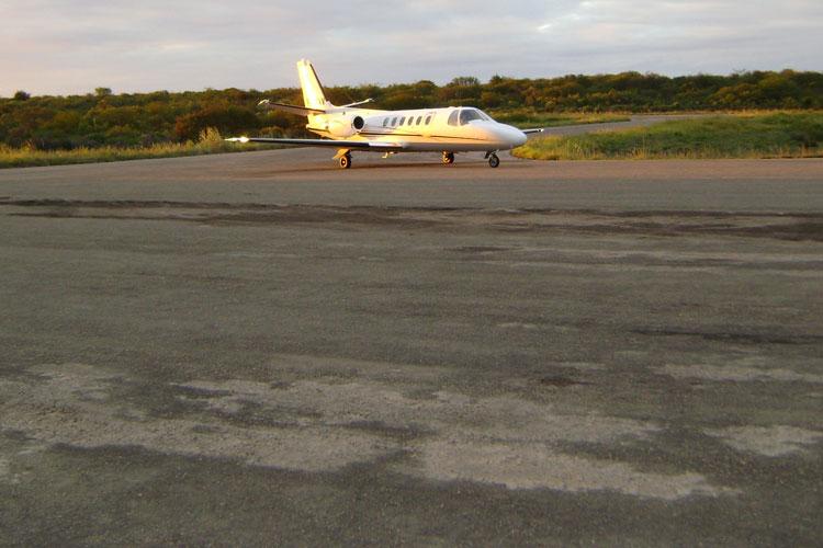 Ministério da Justiça abre processo contra empresas aéreas por aumento nos preços de passagens