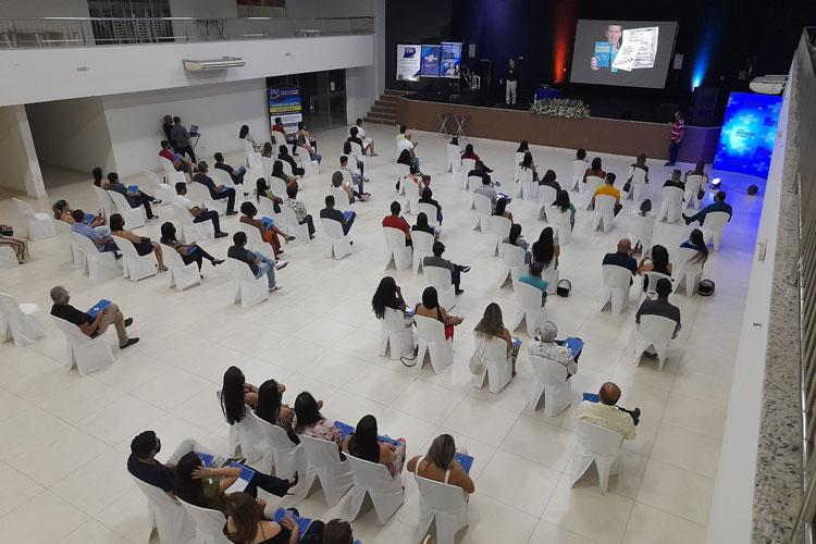 CDL e Sebrae promovem palestra motivacional para empreendedores de Brumado