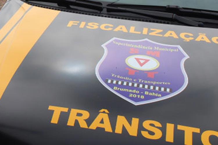 Motorista com Covid-19 é flagrado transportando passageiros em Brumado