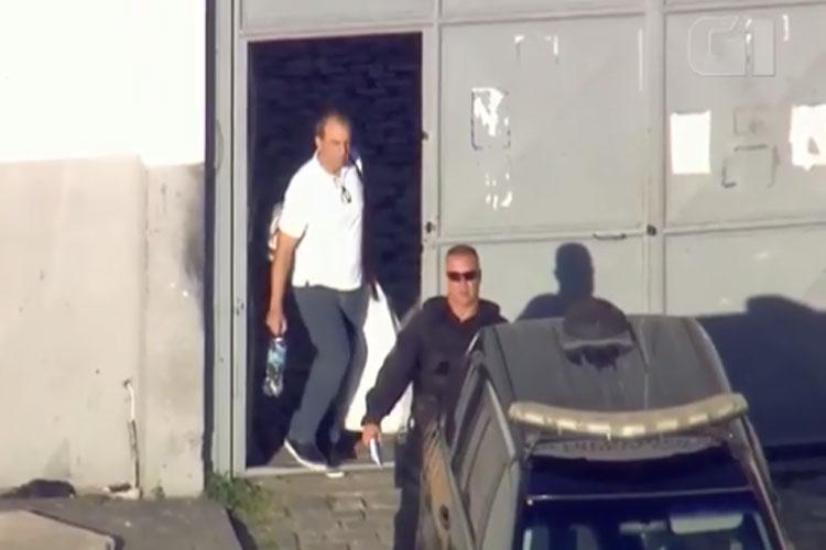 Cabral é transferido para presídio em Curitiba após ordem da Justiça