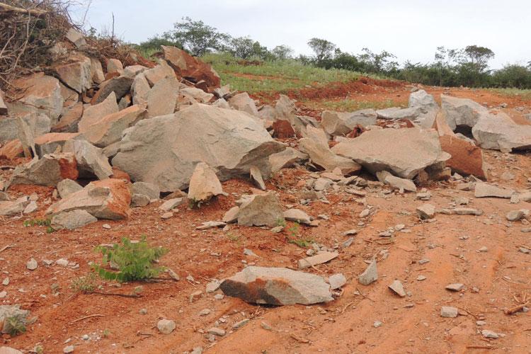 Malhada de Pedras: Homem é atingido por detonação para passagem de linha elétrica