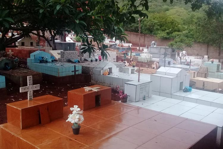 Brumado: Populares solicitam expansão do cemitério no distrito de Ubiraçaba