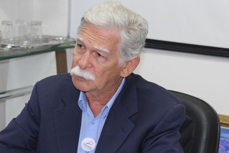 Prefeito de Brumado tem contas de 2018 aprovadas com ressalvas e é multado em R$ 4 mil