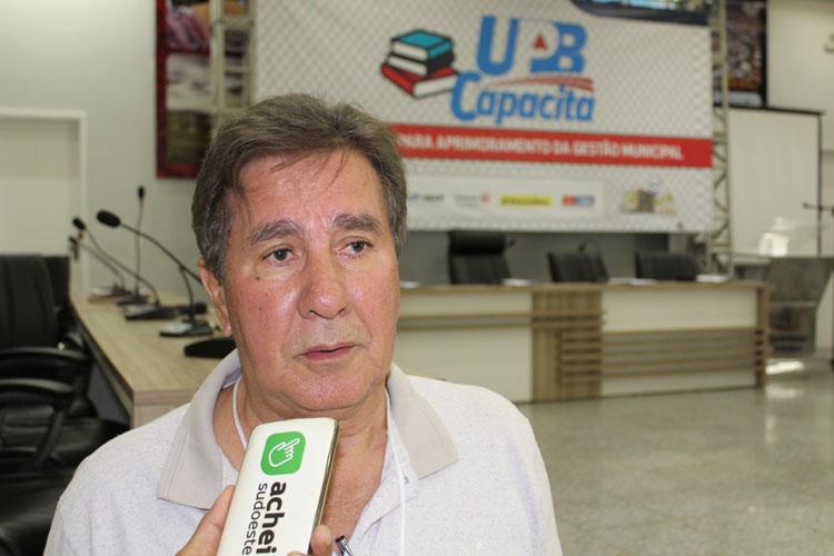 Lagoa Real: TCM multa prefeito Pedro Cardoso em R$ 4 mil