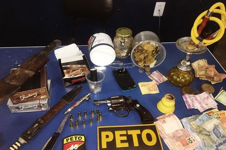 PM apreende drogas e arma na zona rural de Livramento de Nossa Senhora