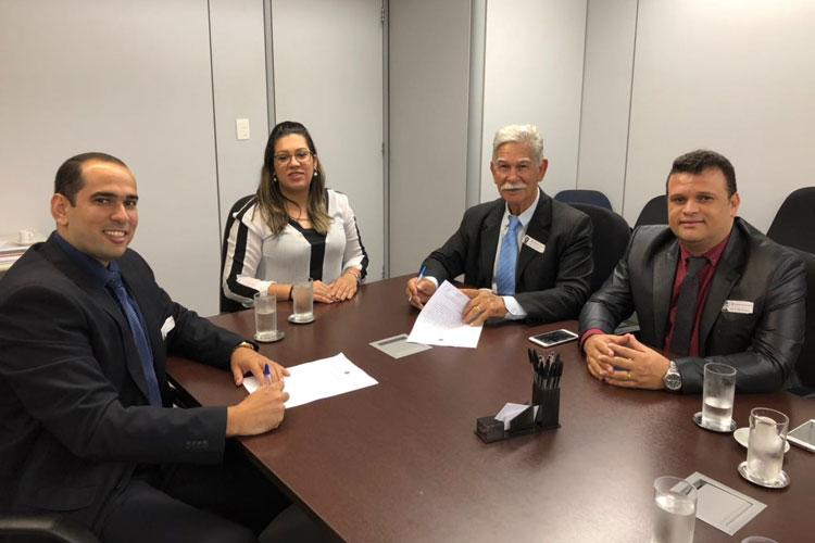 Firmado Termo de Compromisso para implantação do curso de Medicina em Brumado