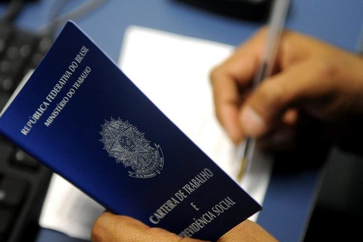 Brasil tem 2,6 milhões de pedidos de seguro-desemprego