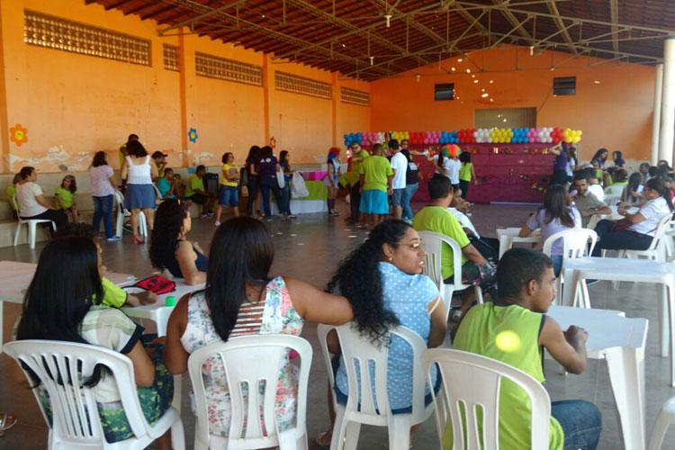 Loja Maçônica Manoel Carvalho realiza festa de Dia das Crianças na APAE de Brumado