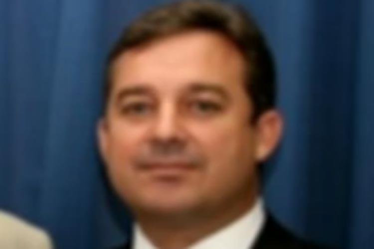 Juiz afastado do cargo no RJ é suspeito de vender decisões por mais de R$ 1 milhão