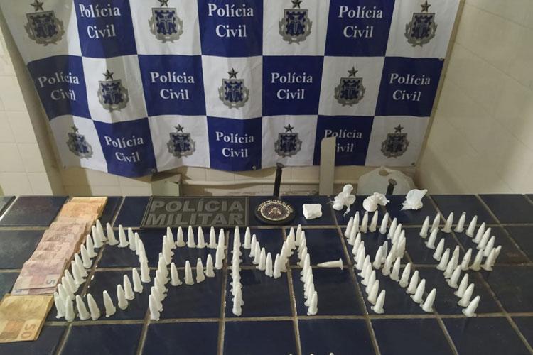 Rio do Pires: Homem é preso com drogas na Rua Pedro Pereira durante abordagem policial